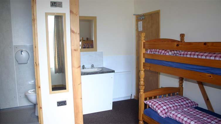 Large Room Example Vacation Lodge Newquay Cornwall